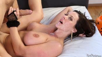 Kendra Lust - Make Her Purr 25-10