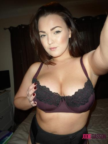 selfshot149 Hot Lingerie On Her Bed