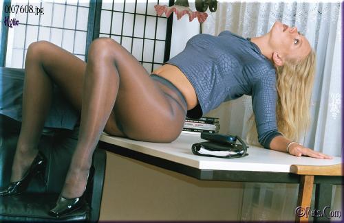 0512-Kylie-Office Girl