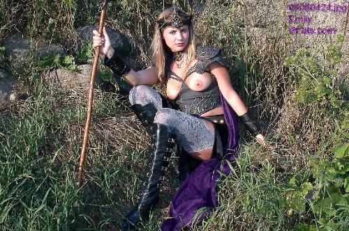 0791-Emily-Fantasy Hero