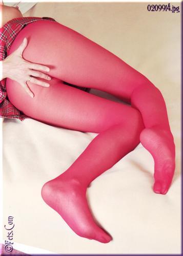 0681-Lorraine-Schoolgirl