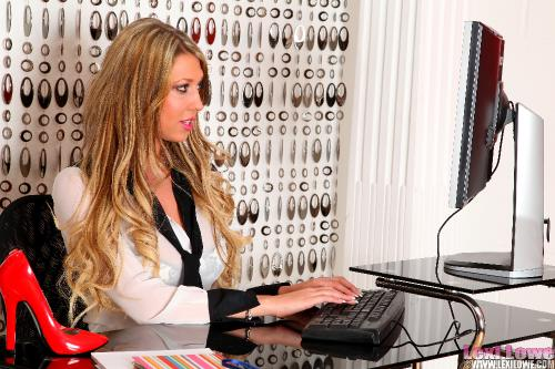 Lexi Lowe The Bad Receptionist