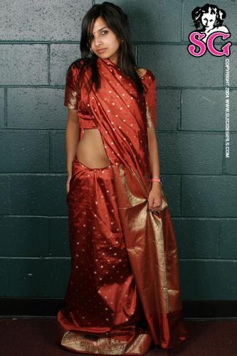 10-20 - India - Sari