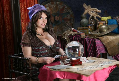 Fortune Teller (2013 may)