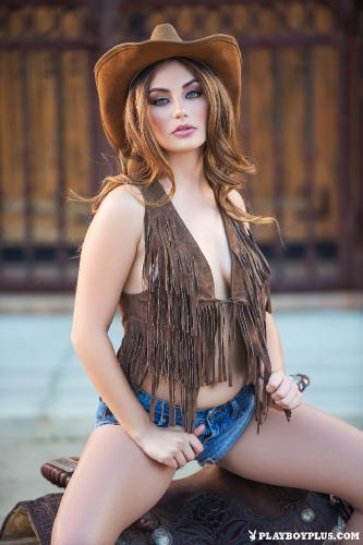 25-CGR-lauren-love-american-cowgirl