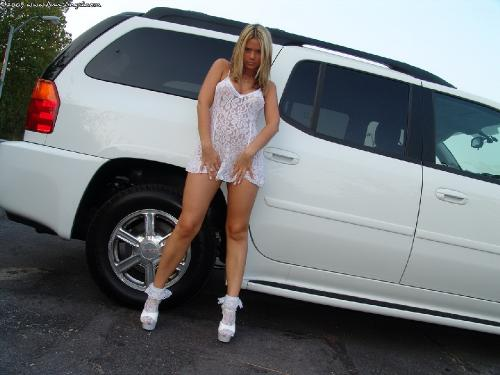 Set 0242 - White Dress Car