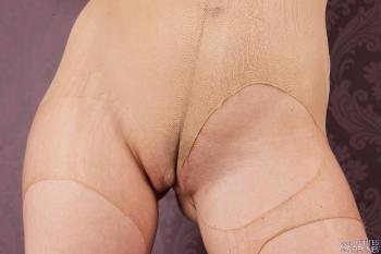 02 - Carmen G - Pantyhose ripped (66) 4000px
