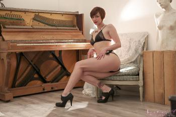 01 - Eliska Cross - Piano piano (105) 4000px