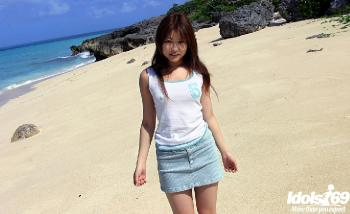 Miyu Sugiura - Miyu Sugiura Wild Asian Model Is A Real Beach Bunny