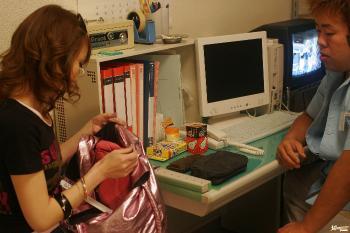 Ai - Mitsu Anno Naughty Asian doll gives a deep and sensual blowjob while shopping
