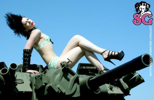 11-03 - Dominick - Tank Rider