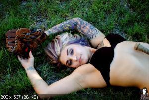 pubic nude girls photos
