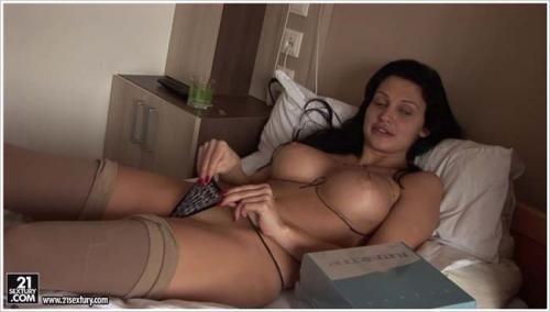 AlettaOceanEmpire / 21Sextury - Breast Surgery [FullHD 1080p]