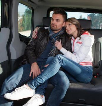 George Uhl, Gina Davis - Horny bitch Gina Davis cheating on her boyfriend with horny driver (2016) HD 720p